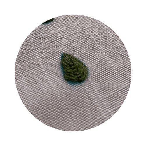 fly stitch leaf