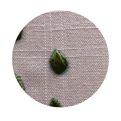 short and long stitch leaf