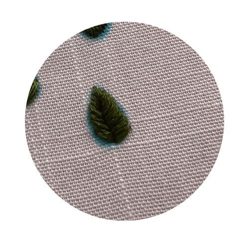 satin stitch leaf