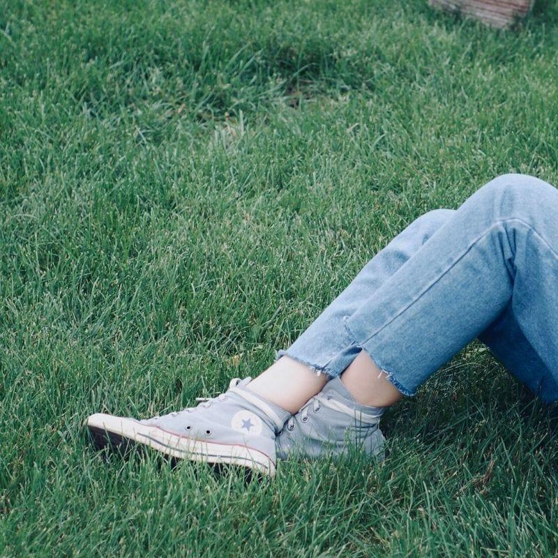 cut off denim jeans