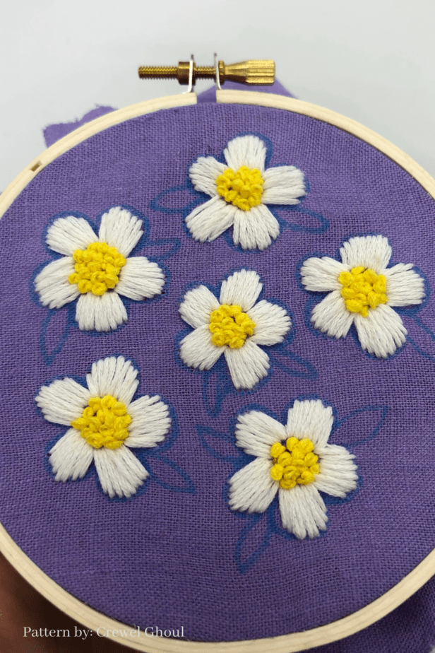 embroidered daisies