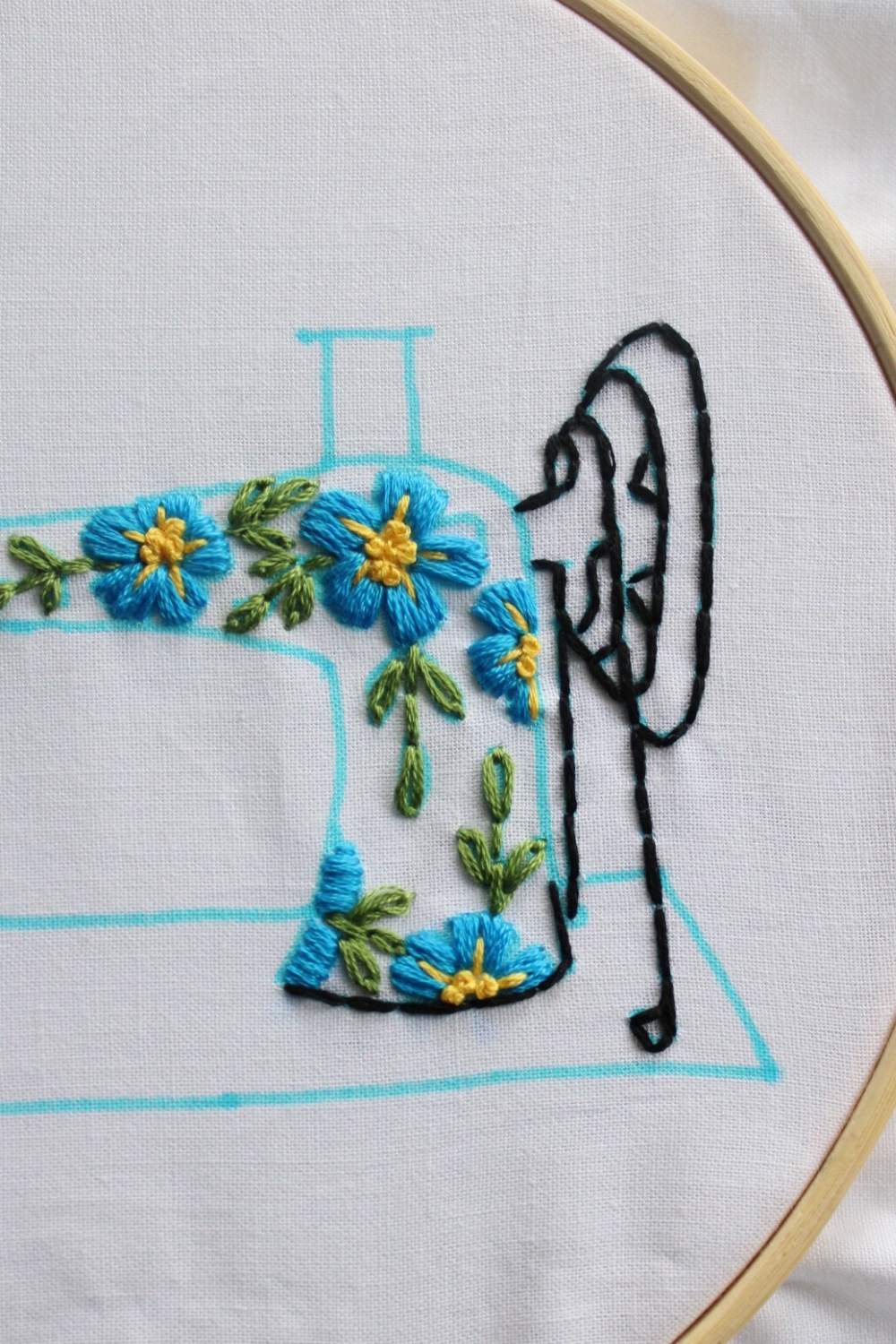 free embroidery pattern with instructions - how to embroider the sewing machine