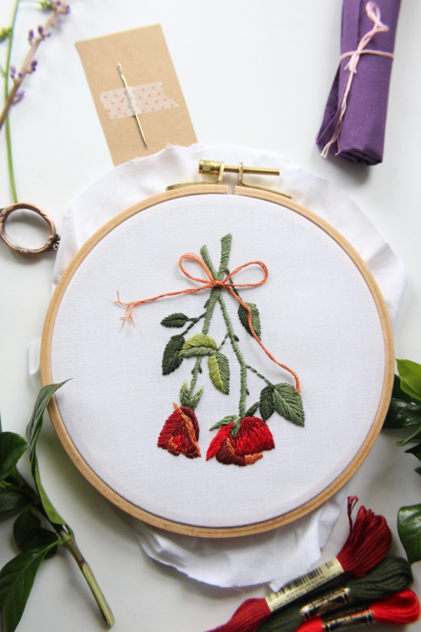 beginner embroidery kit of dried roses