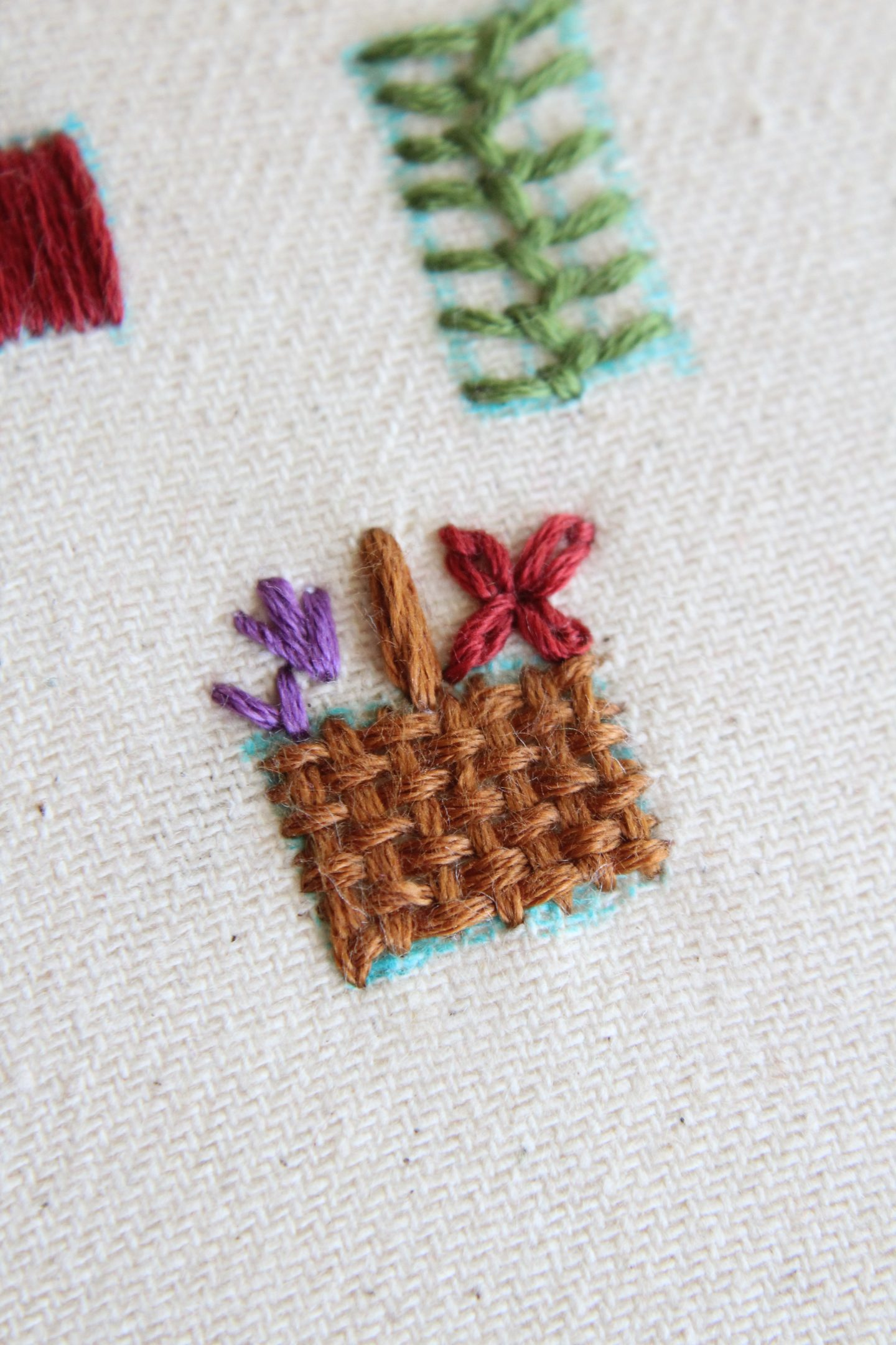 how to embroider a basket and flowers