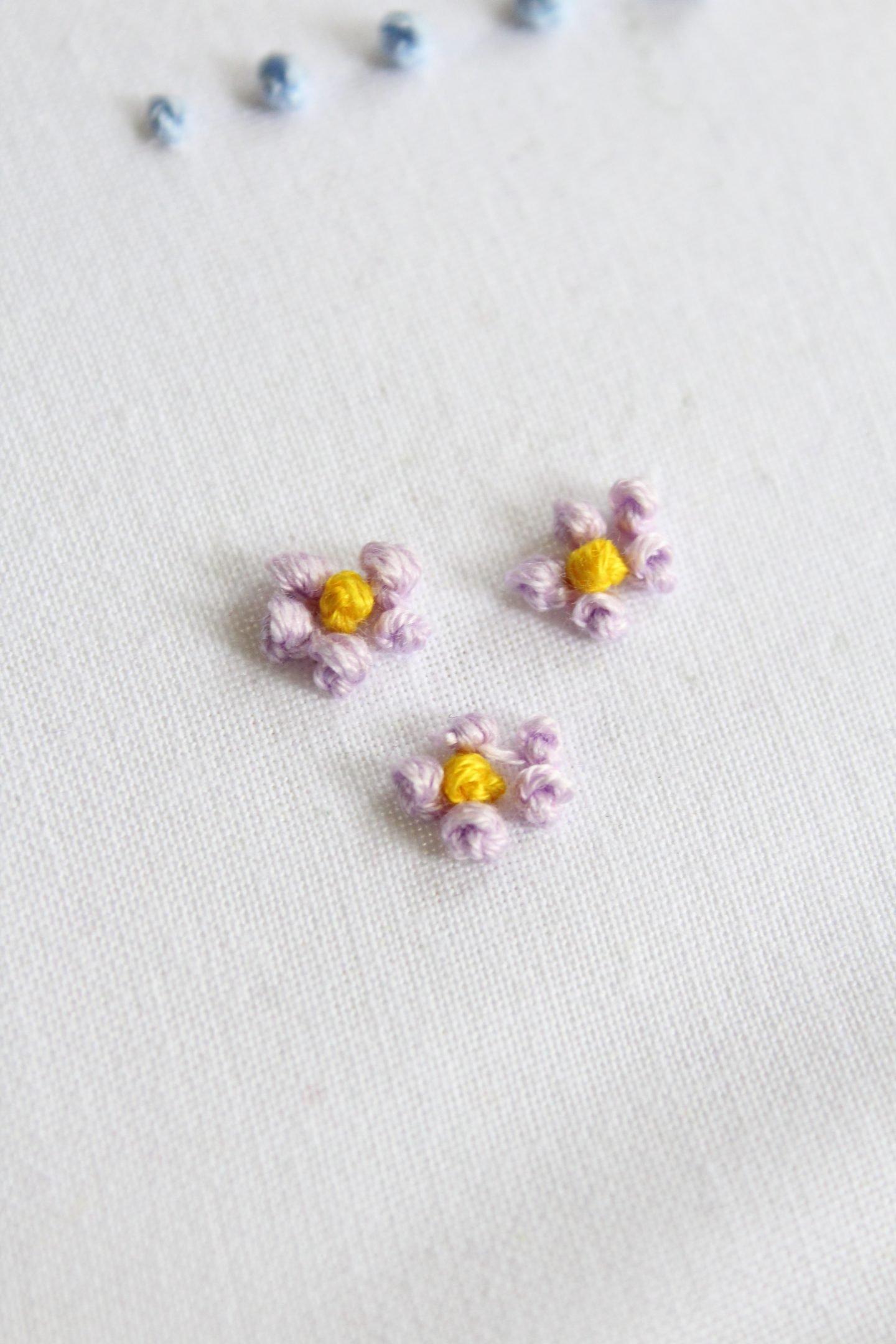 french knot stitch flower
