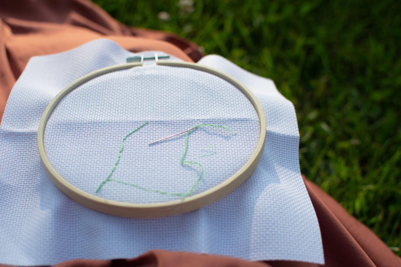 how to cross stitch neatly