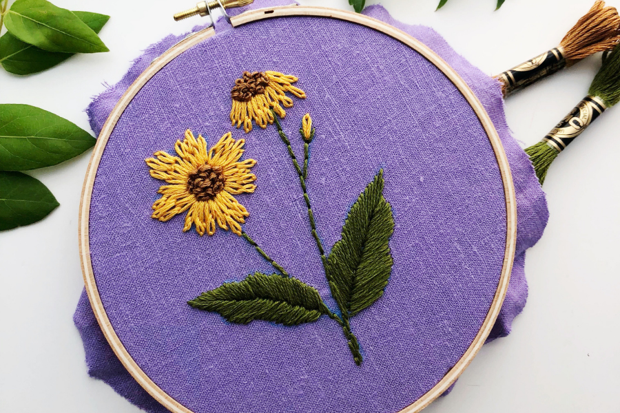 embroidered daisy flowers