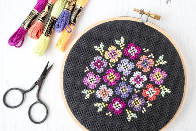 pansy cross stitch pattern